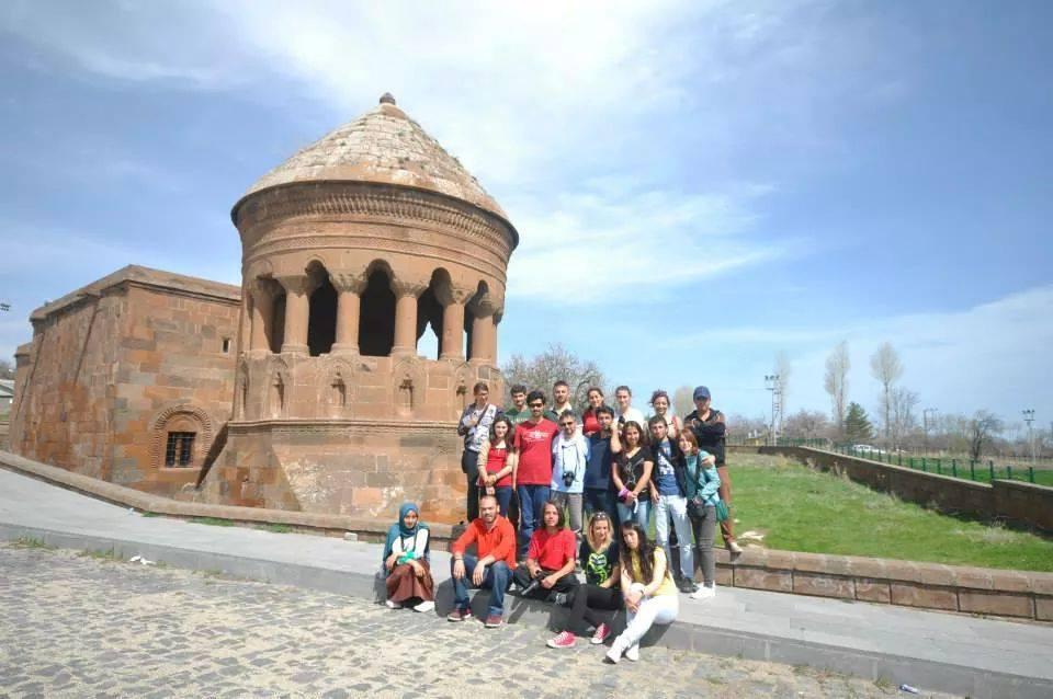 emirbayindirkümbeti - Bitlis de Gezilecek Yerler