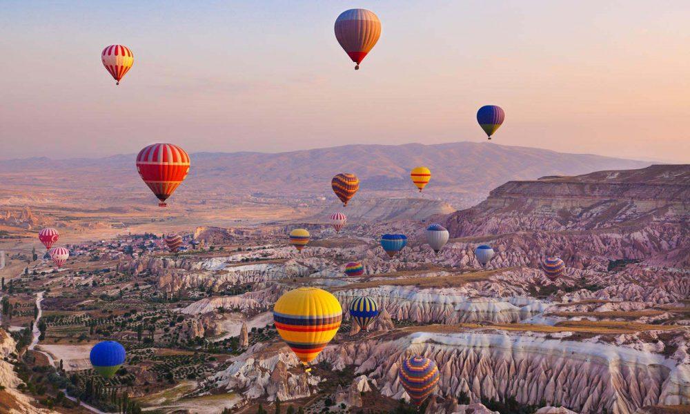 kapadokyanevşehir 1000x600 - Türkiye'nin En İyi Kamp Yerleri