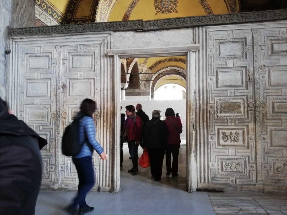 IMG 20190205 112308 1000x750 - Ayasofya Müzesi-Hagia Sophia