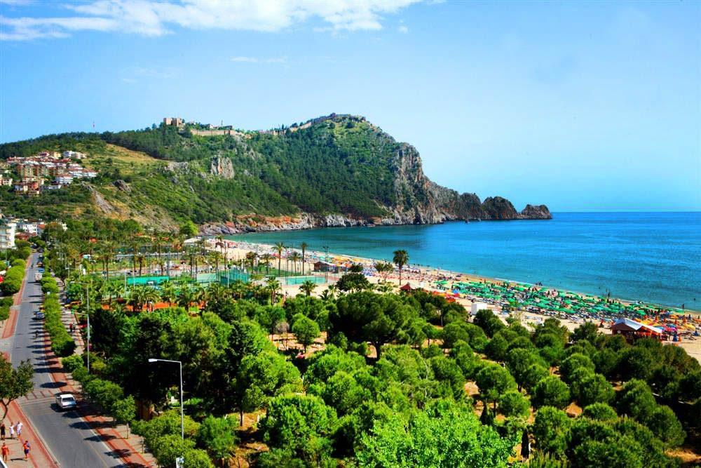damlatas plaji alanya 1000x667 - Antalya-Alanya Gezilecek Yerler