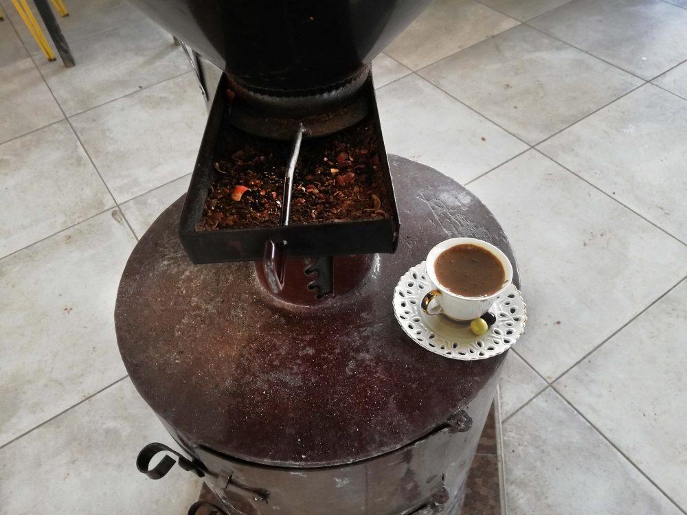 kartepe cafe 1000x750 - Kartepe Gezi Notlarım