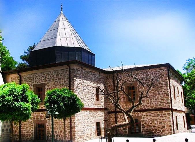 konya semsi tebrizi camii turbe - Konya da Gezilecek Yerler