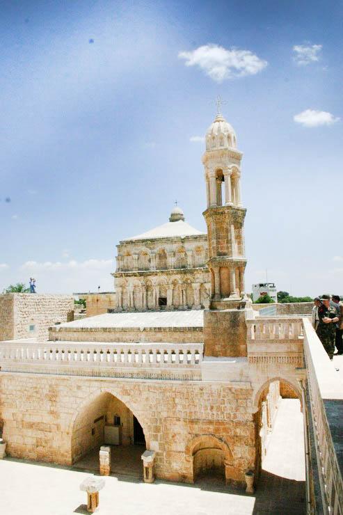 mardin meryem ana kilisesi - Mardin de Gezilecek Yerler