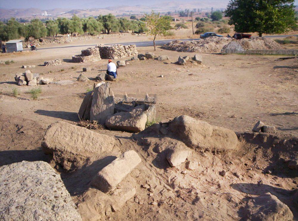 aydin alabanda antik kenti 1000x742 - Aydın da Gezilecek Yerler
