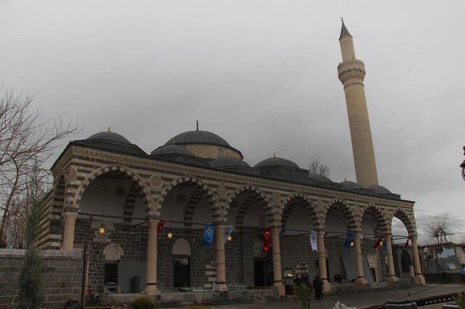 kursunlu camii kulliyesi - Eskişehir de Gezilecek Yerler