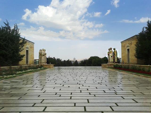 Anıtkabir Nasıl İnşa Edildi, Mimarı Kim